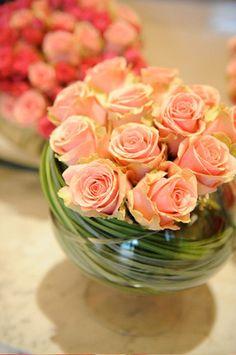 Einzigartige Blumendekoration und kreative florale Gestaltung - Hochzeitsfloristik und Eventfloristik, Botanic Art Europaweit, romantische Tischdekoration und einzigartige Brautsträusse