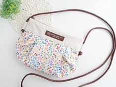 Pouch, Wallet, Blog Entry, Diaper Bag, Marc Jacobs, Applique, Quilts, Purses, How To Make