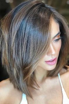 18 Ideas hair color ideas for brunettes with highlights rose gold – Hair – Hair is craft Popular Short Haircuts, Short Layered Haircuts, Layered Bob Hairstyles, Cool Hairstyles, Hairstyle Ideas, Pixie Haircuts, Hairstyles Haircuts, Layered Lob, Layered Bob Shoulder Length