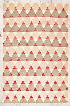 Point 5x7 Rug in Triangle Print