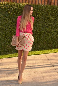This outfit is way cute!!! Love the polka dots! I woke totally wear a turquoise or teal colored top...