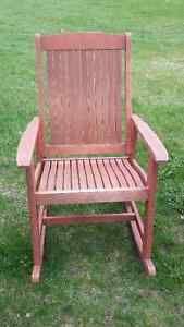 Chaises Bercantes En Bois Mobilier Pour Terrasse Et Jardin Granby Kijiji Outdoor Chairs Kijiji Outdoor Furniture