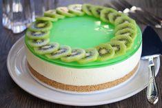 Påskekaker: Seks deilige kaker til påske - Godt.no Monster Cupcakes, Mousse Cake, Pavlova, Cupcake Cookies, Kiwi, Cake Recipes, Cheesecake, Goodies, Food And Drink