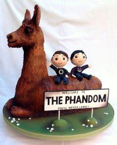 Dan and Phil Llama cake - Cake by RockCakes - CakesDecor