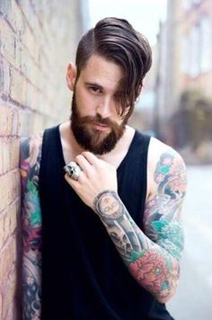 Hipster beards have become some of the most sought after beard styles in recent times. Here are 70 bold and sexy hipster beard styles to play. Best Undercut Hairstyles, Undercut Men, Hipster Hairstyles, My Hairstyle, Cool Haircuts, Haircuts For Men, Men's Hairstyles, Beard Styles For Men, Hair And Beard Styles