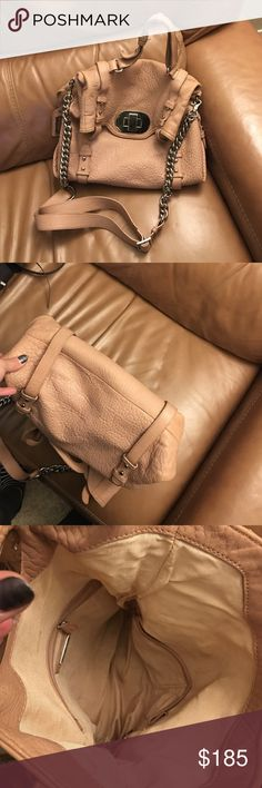 Badgley Mischka nude chain handbag Gorgeous pebbled texture leather nude/blush colored bag with chunky silver hardware. Slight discoloration on back of bag from dark denim. Otherwise clean condition, clean inside! Badgley Mischka Bags Shoulder Bags