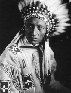 Mike Little Dog - Blackfeet (Pikuni) - 1913