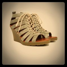 Dr. Marten: Mona Wedge: Grey: UsedGood Condition Dr. Marten wedgesused Dr. Martens Shoes