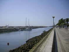 The large promenade on the other side of the Marina allows you to enjoy the comings & goings of all the boats, day in day out. You can also arrange boat trips from here for local excursions.