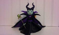 Maleficent Clothespin Doll van PegMaiden op Etsy