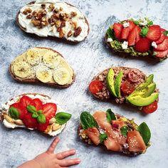 Tahini, Ricotta, Avocado Toast, Guacamole, Breakfast, Food, Cilantro, Morning Coffee, Essen