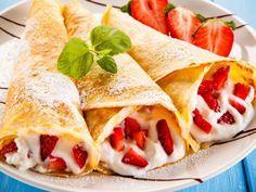 15 Recetas De Crepas Dulces Y Saladas Para Hacer Con Tus Hijos Como Preparar Crepas Dulces Receta Para Crepas Crepas Dulces