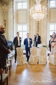 Times New Roman, Wedding
