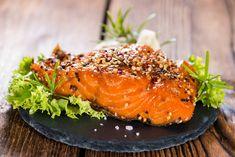 Marinovaný a pečený losos – COOP Club Salmon Burgers, Treats, Ethnic Recipes, Club, Fit, Sweet Like Candy, Goodies, Shape, Sweets
