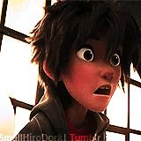 His face I'M DYING!!!!! This is the face I would make playing five nights at Freddy's.