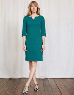 Our elegant A-line dress is not only super versatile but it's flattering too. This easy-to-wear style comes in textured jacquard or denim jersey, both with a notch-neck and seam detailing to really compliment your figure. Don't miss the sweet button tab on the sleeves too.