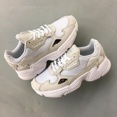 Style and street footwear apparel, quest our assortment of fashionable streetwear footwear and baseball footwear. Nike Shoes Usa, Adidas Shoes, Shoes Sneakers, Sneakers Fashion Outfits, Fashion Shoes, Cute Shoes, Me Too Shoes, Gucci, Chunky Sneakers