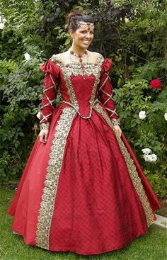 Tudor Gown Front