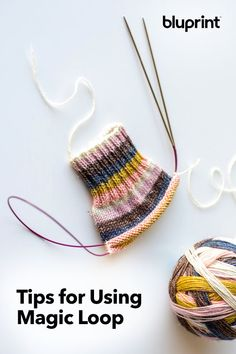 Tips for Using Magic Loop: You might have your own feelings about how exactly you would knit up some socks. For example, about cuff-down vs. toe-up, and you've figured out a way to perfectly graft those toes. We don't knock anything til we try it and plus Small Knitting Projects, Beginner Knitting Patterns, Knitting Blogs, Crochet Stitches Patterns, Stitch Patterns, Knitting Tutorials, Blanket Patterns, Knitting Ideas, Crochet Socks