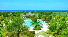 Vue de l'hôtel Playa Costa Verde à Holguin :  http://voyagesarabais.com/fr/guides-voyages/cuba/holguin-guardalavaca/playa-costa-verde.html
