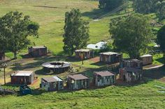 Located near Bloemfontein in South Africa, the shanty town themed luxury resort operated by Emoya Luxury Hotel and Spa looks like a slum. African Vacation, The Shanty, Sand Game, Spa Offers, Five Star Hotel, Game Reserve, Slums, Hotel Spa, Portal