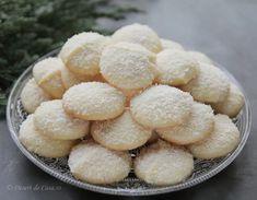 Fursecuri cu nuca de cocos si ciocolata alba Dolce, Cooking, Cake Ideas, Biscuits, Kitchen, Brewing, Cuisine, Cook