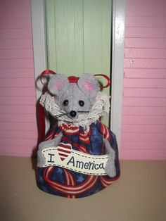 Patriotic Mouse by atticmouse on Etsy, $12.00