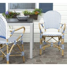 Safavieh Rural Woven Dining Hooper Blue/ White Indoor Outdoor Arm Chairs (Set of 2) (FOX5209A-SET2) (Wicker)