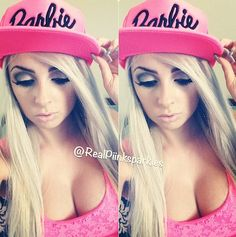 This is one of my favorite YouTube divas. Her name is Sam aka piinksparkles!
