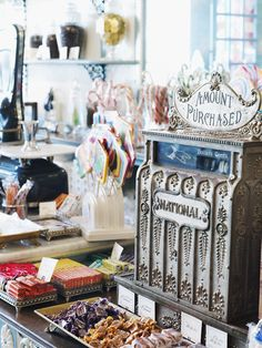 Dream Destination: Franklin Fountain and its Sweet Treats
