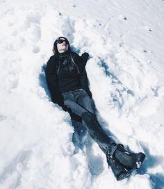 Cold therapy. #snow #winter #gothic #allblackeverything #vsco #vscocam #model #sf #la #tahoe #grunge #warm #march #allsaints #modern #white #ladies #lipstick #california #springbreak #vintage #sfo