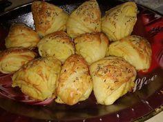 Vajdasági sós, nagyon finom, gyakran elkészítem, mert nálunk mindig nagy keletje van! - Egyszerű Gyors Receptek Snacks, Diy Food, Baked Potato, Cauliflower, Minion, Recipies, Potatoes, Vegetables, Ethnic Recipes
