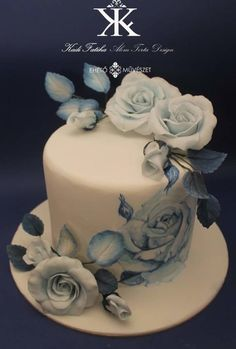 Blue and White Elegance hand painted all sugar flowers - Cake by Fatiha Kadi