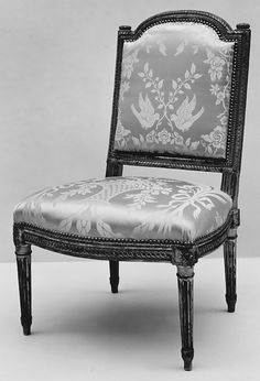 French Side Chair (Chaise à La Reine), Covered With A Lovely Silk Damask  (not Original) ~ Ca1786... The Museum Also Has A Color Photo Of This  Particular ...