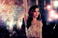 Katy Perry - Firework - Estrellas musicales que decidieron emprender #Entrepreneurs #PopStars