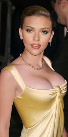 Beautiful Women Pictures, Beautiful Celebrities, Beautiful Actresses, Gorgeous Women, Scarlett Johansson, Beauty Fotos, Beauty Full Girl, Hollywood Celebrities, Celebs