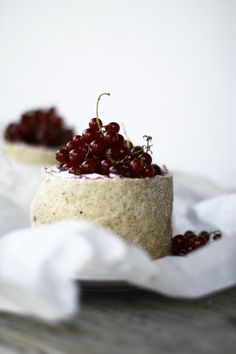 cheese + currants
