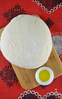 La recette incontournable de la pâte à pizza extra moelleuse et épaisse à adopter !