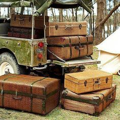 Packed and ready for the safari Vintage Suitcases, Vintage Luggage, Vintage Travel, Vintage Safari, Love Vintage, Glamping, Safari Photo, British Colonial Decor, Safari Chic
