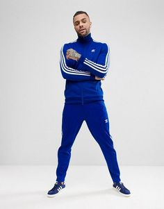 Shop the latest adidas Originals adicolor Beckenbauer Tracksuit in Blue trends with ASOS! Adidas Jacket Outfit, Pants Adidas, Mens Jogger Pants, Adidas Men, Khaki Pants, Adidas Tracksuit Mens, Tracksuit Jacket, Adidas Originals Herren, Track Suit Men