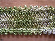 Knitting on the plug . Hairpin Lace Patterns, Hairpin Lace Crochet, Broomstick Lace, Crochet Yarn, Crochet Stitches, Crochet Patterns, Lace Making, Crochet Fashion, Loom Knitting
