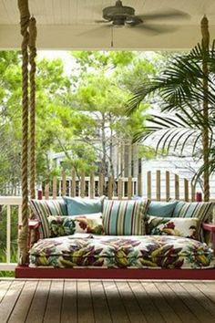 Large, oversized porch swing #yard #landscaping #home #decor