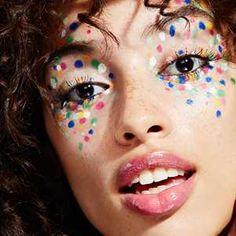 Confetti make up - Karneval - Cute Clown Makeup, Halloween Makeup Looks, Best Makeup Primer, Best Makeup Products, Ideas Maquillaje Carnaval, Make Carnaval, Lipstick For Fair Skin, Lipstick Designs, Maquillage Halloween