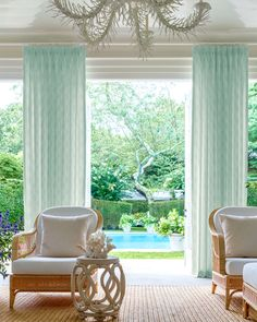 AERIN's Palm Leaf Diamond material effortlessly elevates this indoor/outdoor living space. Get the look at theshadestore.com Monday Inspiration, Home Curtains, Roller Shades, Indoor Outdoor Living, Drapery, Vintage Inspired, Living Spaces, Interior Design, Modern