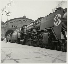August 1936,am Anhalter Bahnhof