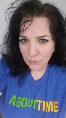 SIMPLE! #Younique www.hippiepowerglam.com  I like to be lazy on days off, but I TRY (sometimes...ha ha) not to look like a rag-a-muffin when my husband is home.  Glorious Face and Eye Primer. BB Flawless in BISQUE. Pressed Powder in VELOUR. Blusher: SWEET. Lips: LOVESICK Lip Gloss. Eyes: Lined with RISQUE mixed with Rose Water as wet liner. Eyes: INNOCENT Pigment all over. BEAUTIFUL pigment in crease and on outer edge. 3D Fiber Mascara. #GloriousFace #EyePrimer…