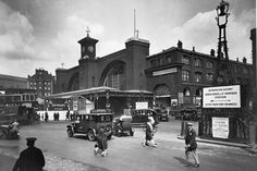 King's Cross railway Station c1920. The front of what was then the King's Cross terminus of the London and North Eastern Railway was built to the designs of Lewis Cubitt, for the Great Northern Railway in 1852