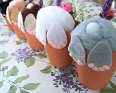 Curieux petit Pot de lapin / lapin en Pot de fleur / décorations de Pâques / mignon lapin Butt / Stuffer de panier de Pâques