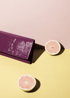 Fashion and product photography by Iris Velghe - YSL clutch and grapefruits Pink yellow maroon Still Life Photography, Photography Tips, Product Photography, Photography Backdrops, Fashion Photography, Trends 2016, Fashion Still Life, Prop Styling, Color Stories