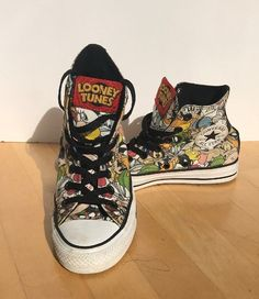 60a3ebce235 Stan Smiths Unisex Looney Tunes Converse hightop Sneakers US Mens 5